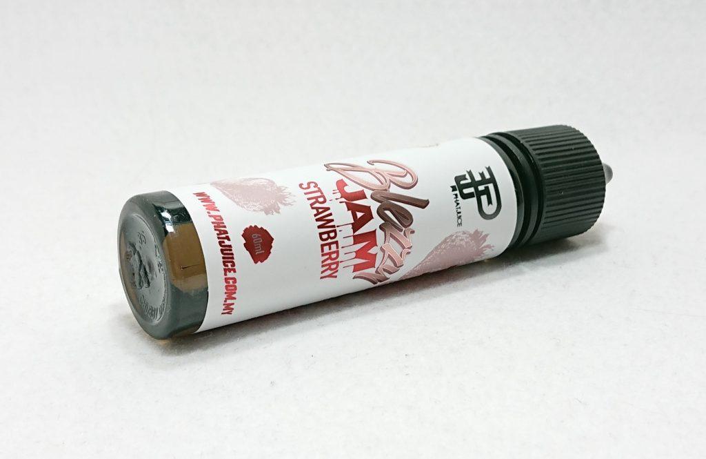 DSC 0017 - 【PhatJuice(ファットジュース)】Blezzy Jam Strawberry(ブレジージャムストロベリー)を購入しました!