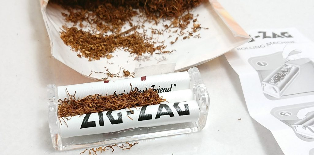 DSC 0024 3 scaled - 結局、手巻きタバコはローラーを使った方が良い!あと手巻きタバコのランニングコストも計算してみたよ!