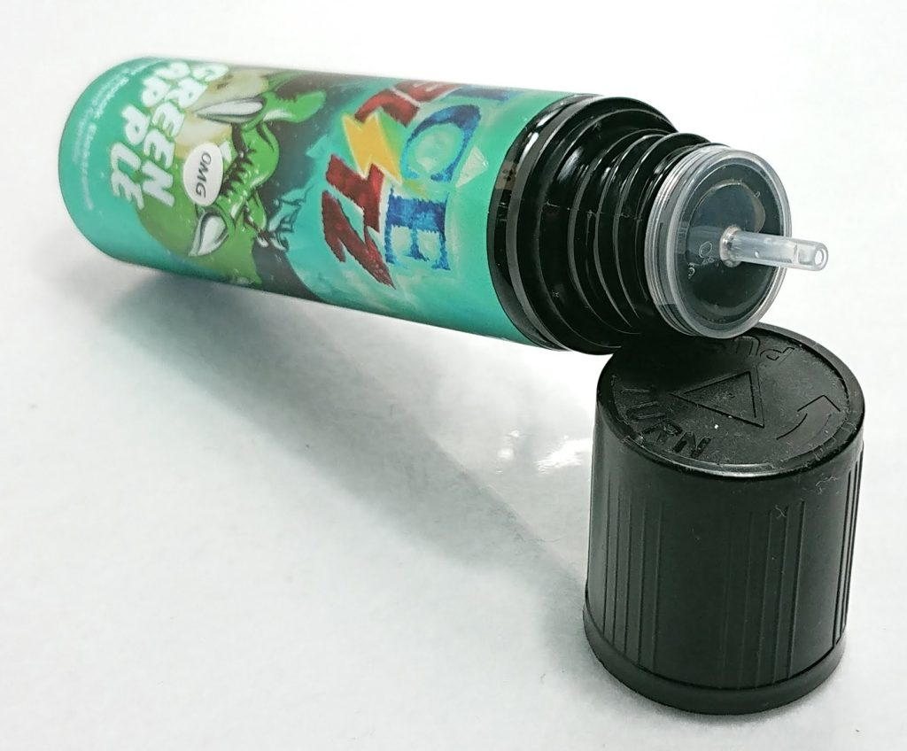 DSC 0537 - 【ICE BLITZ】GREEN APPLE(グリーンアップル)をレビュー!~わかりやすい青りんごフレーバーリキッド~