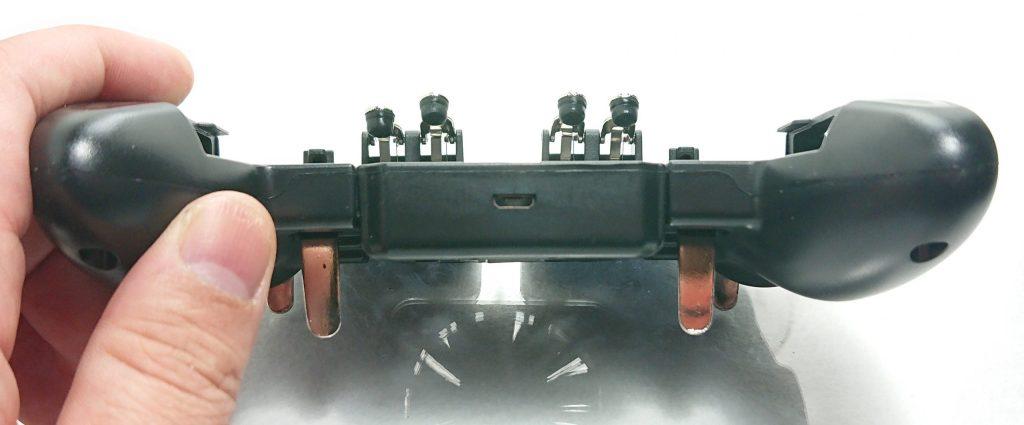 DSC 0960 scaled - トリガーが4本付いたスマホ用コントローラーをレビュー!~高いだけあるが、慣れが必要~